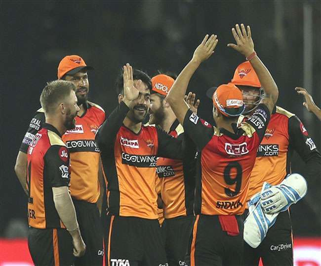 csk-vs-srh-rashid-khan-got-out-hit-wicket-deepak-c